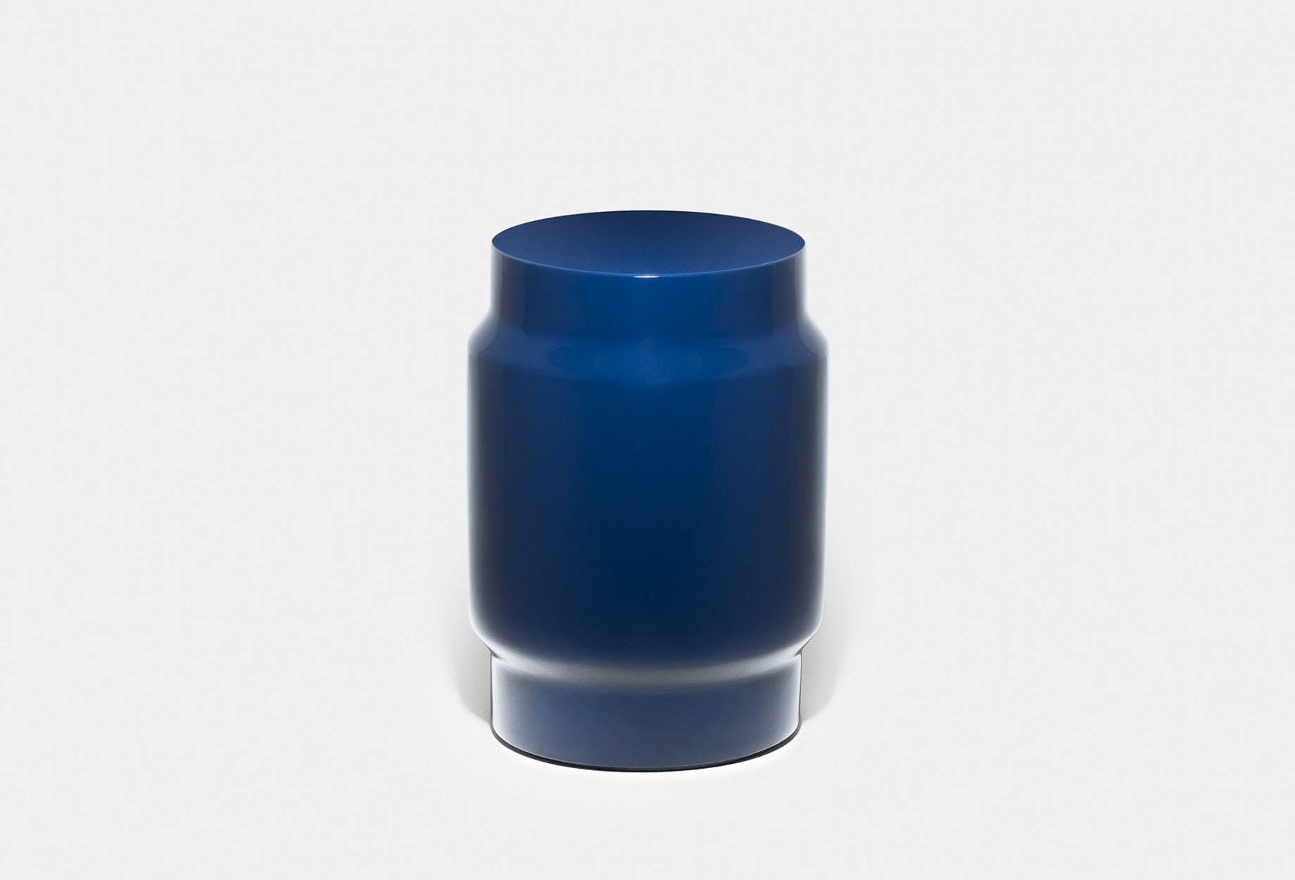 761 T Lianou Stool By Neri Hu In Blue Fibreglassweb2 1840X1250