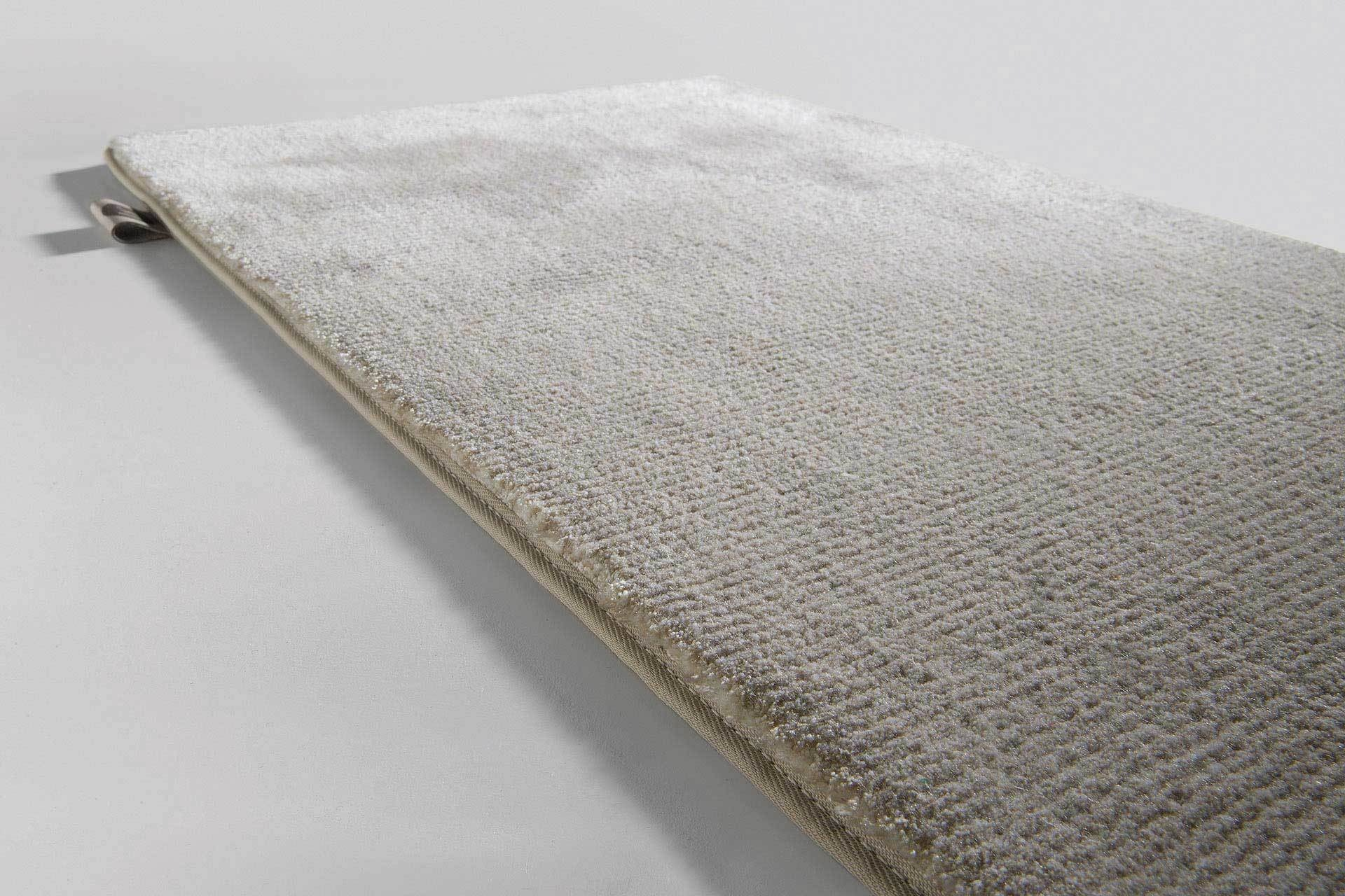 Prestige Pr12402 First Light Limited Edition Rugs