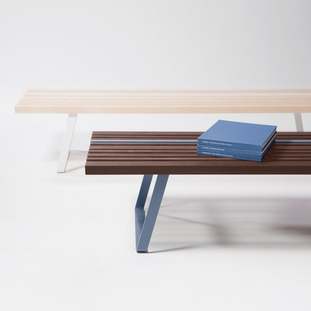Line Bench 05 Low 825