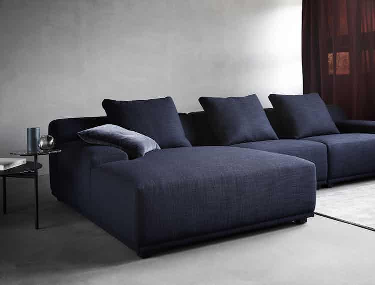 Wendelbo-corner-loft-sofa-institu-haute-living