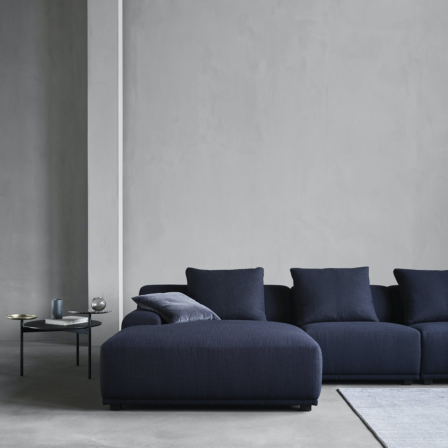 Wendelbo-loft-sofa-institu-haute-living