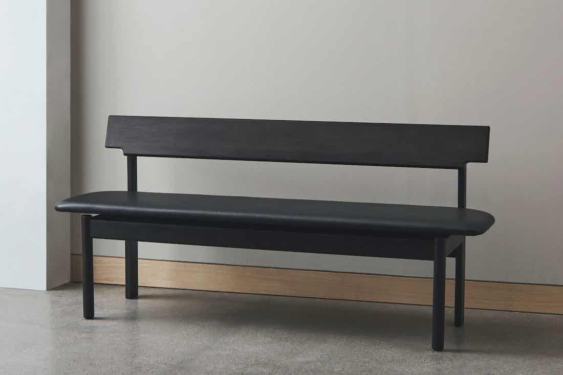 Bolia loyal bench black insitu haute living