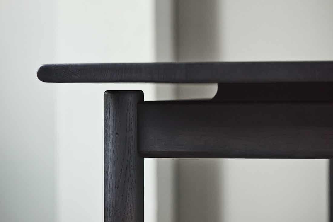 Bolia loyal dining table detail haute living