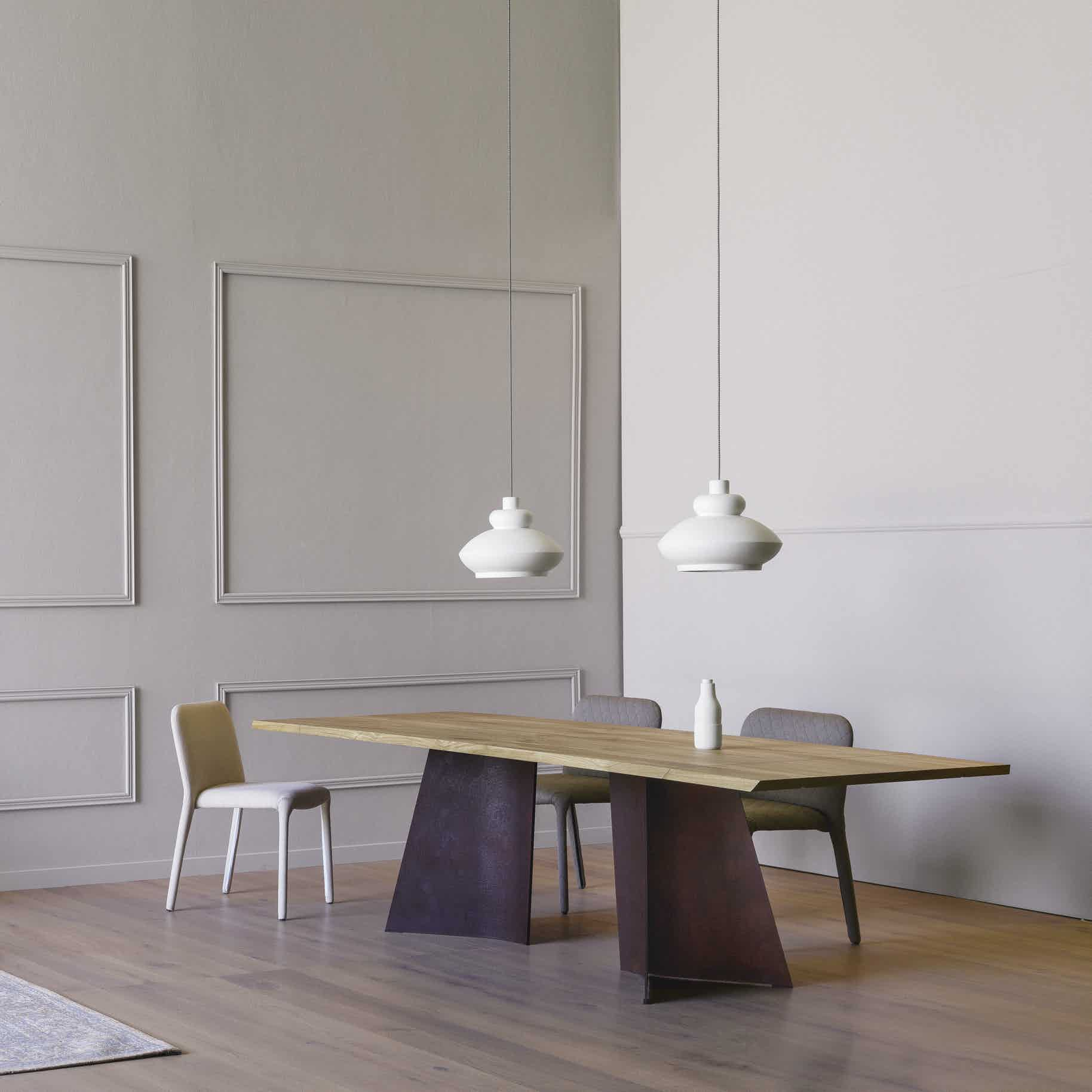Miniforms Maggese Table Angle Haute Living