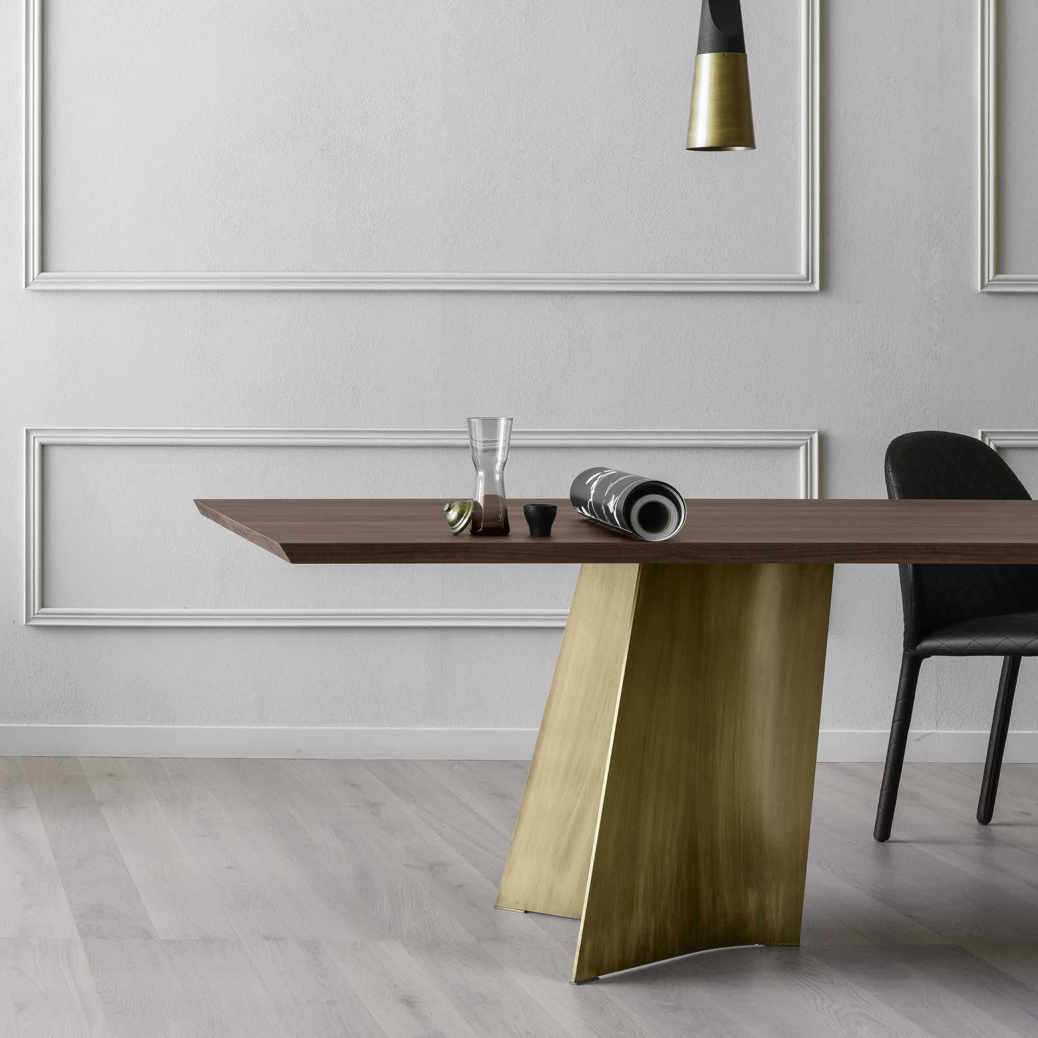 Miniforms Maggese Table Half Haute Living