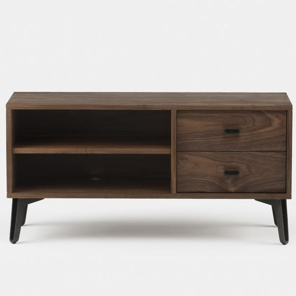 402R Mcqueen Bedside By Matthew Hilton In Walnut   Frontweb 920X625