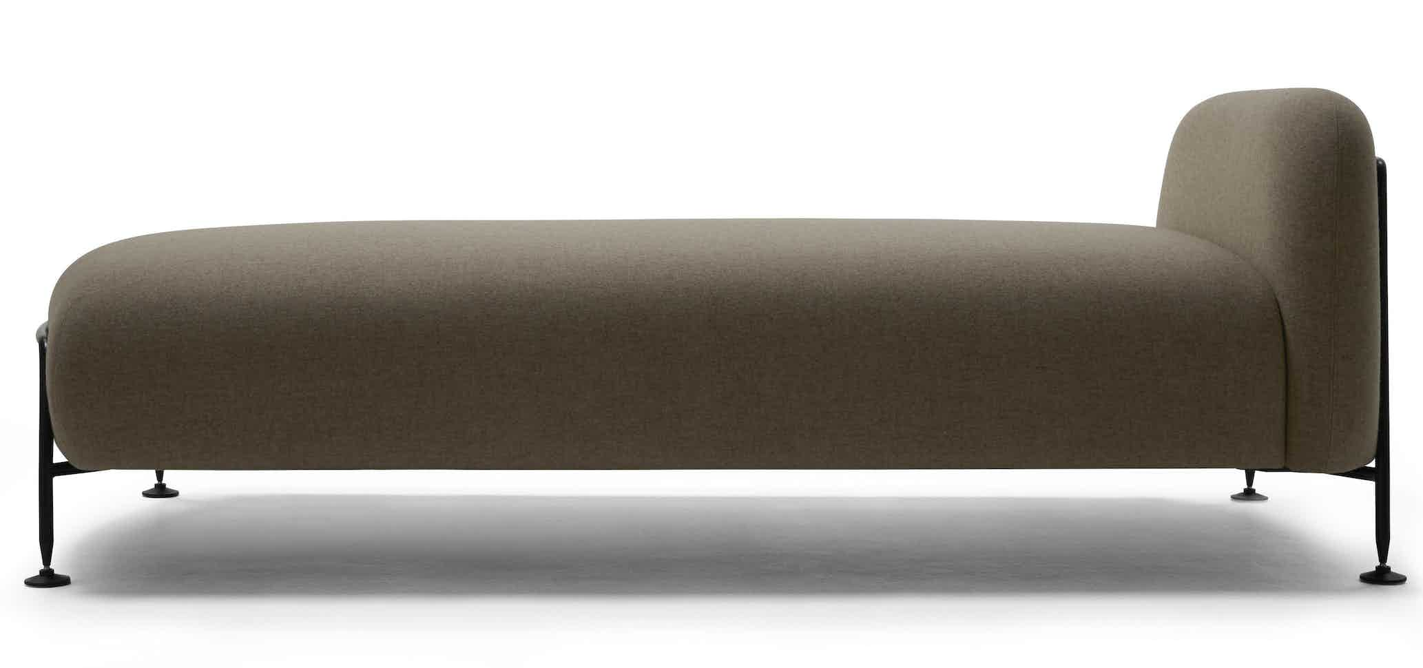 Massproductions Mega Daybed Side Haute Living 181219 160340