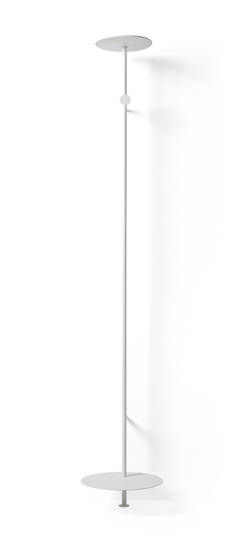 9200639 Norm Coat Hanger Norm 01