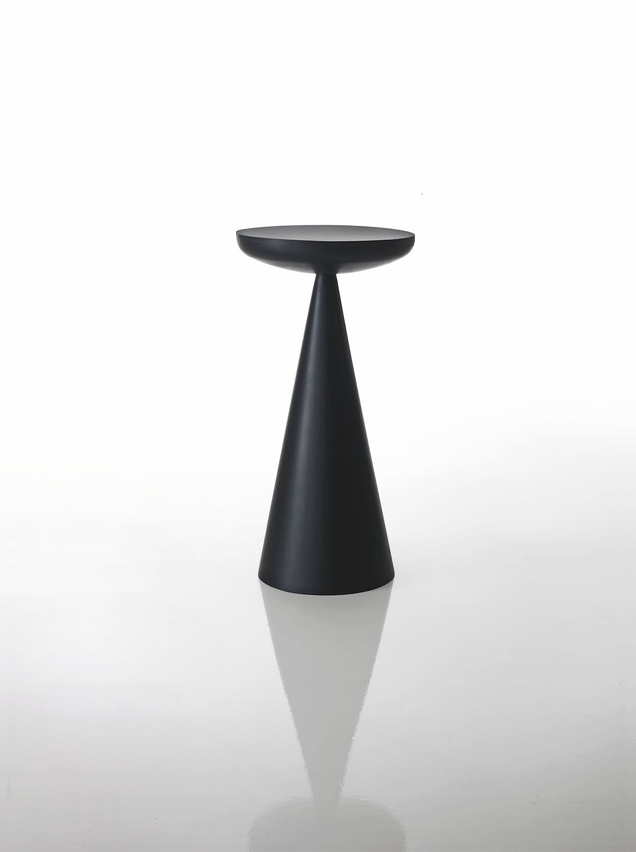 Miss Side Table 1