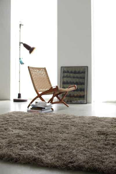 Carpet-sign-mistral-insitu-haute-living
