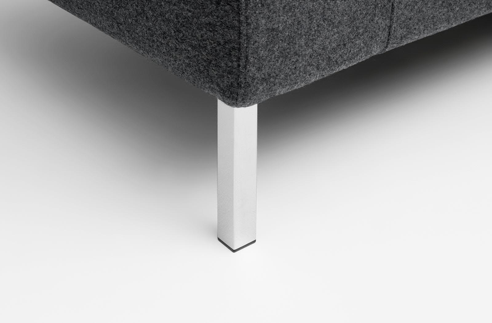 Bensen Neo Sectional Detail