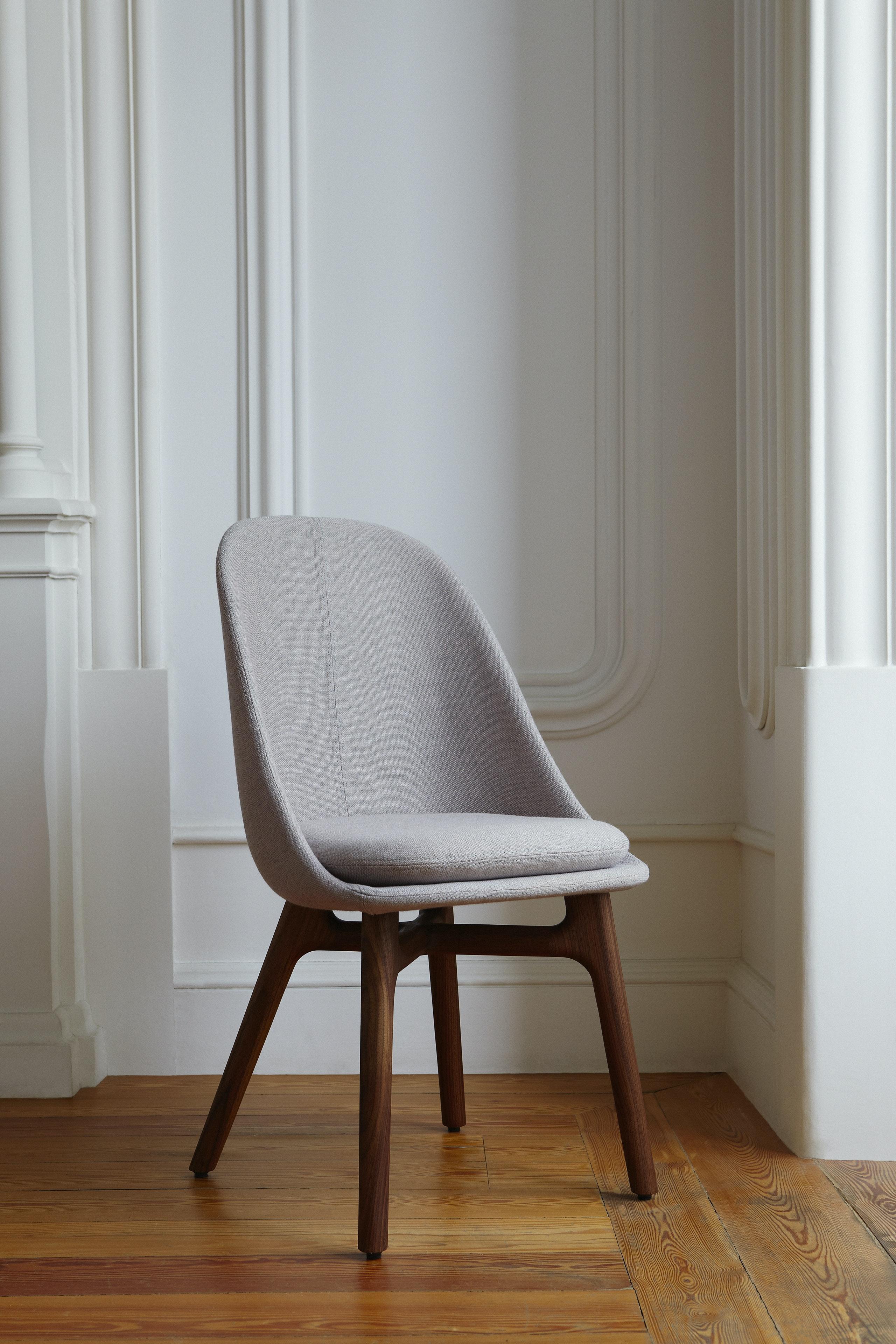 Solo Dining Chair By Neri Hu Photo By Yuki Sugiura