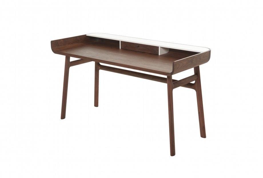 Harold Deskweb 920X625