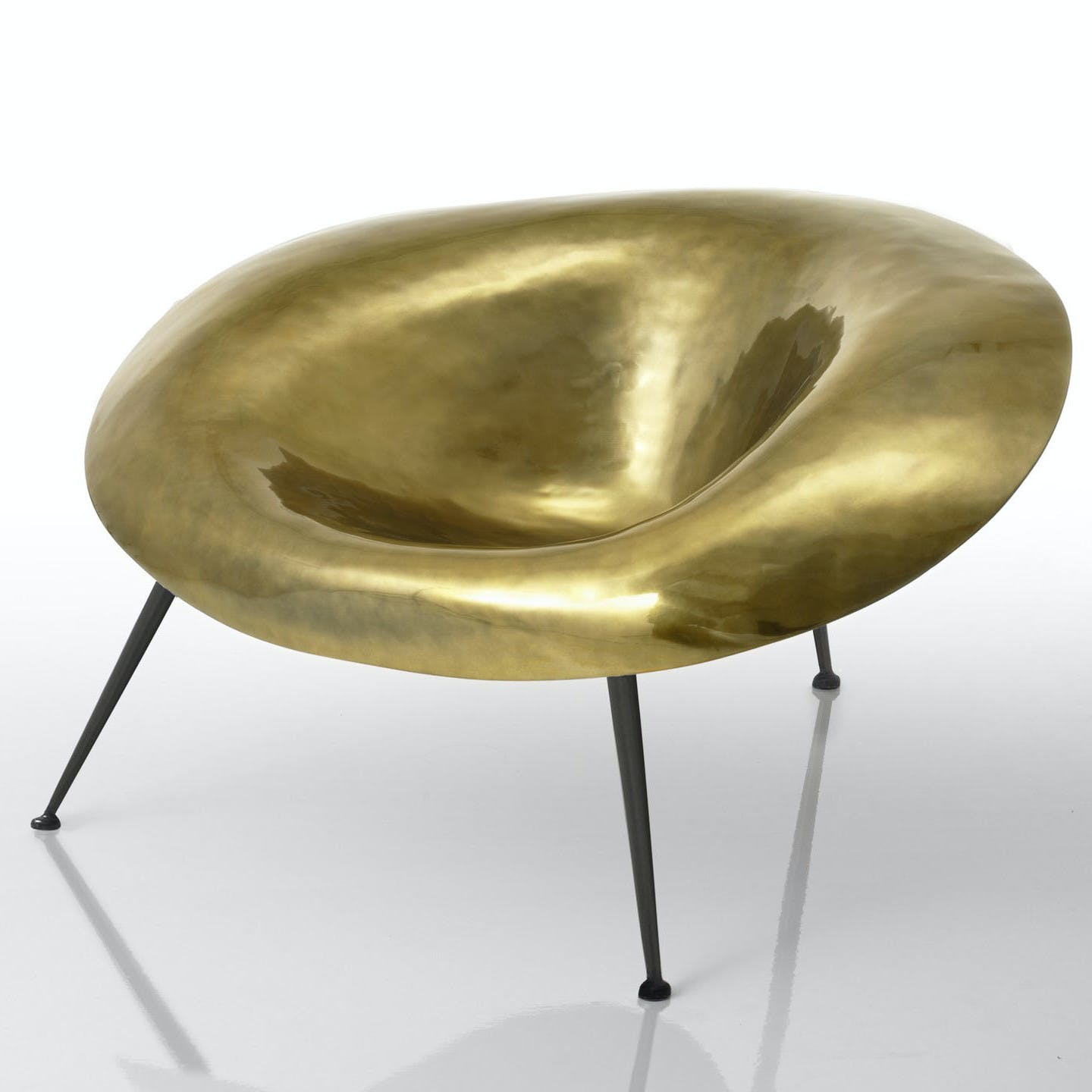 Imperfetto-lab-gold-nido-chair-haute-living