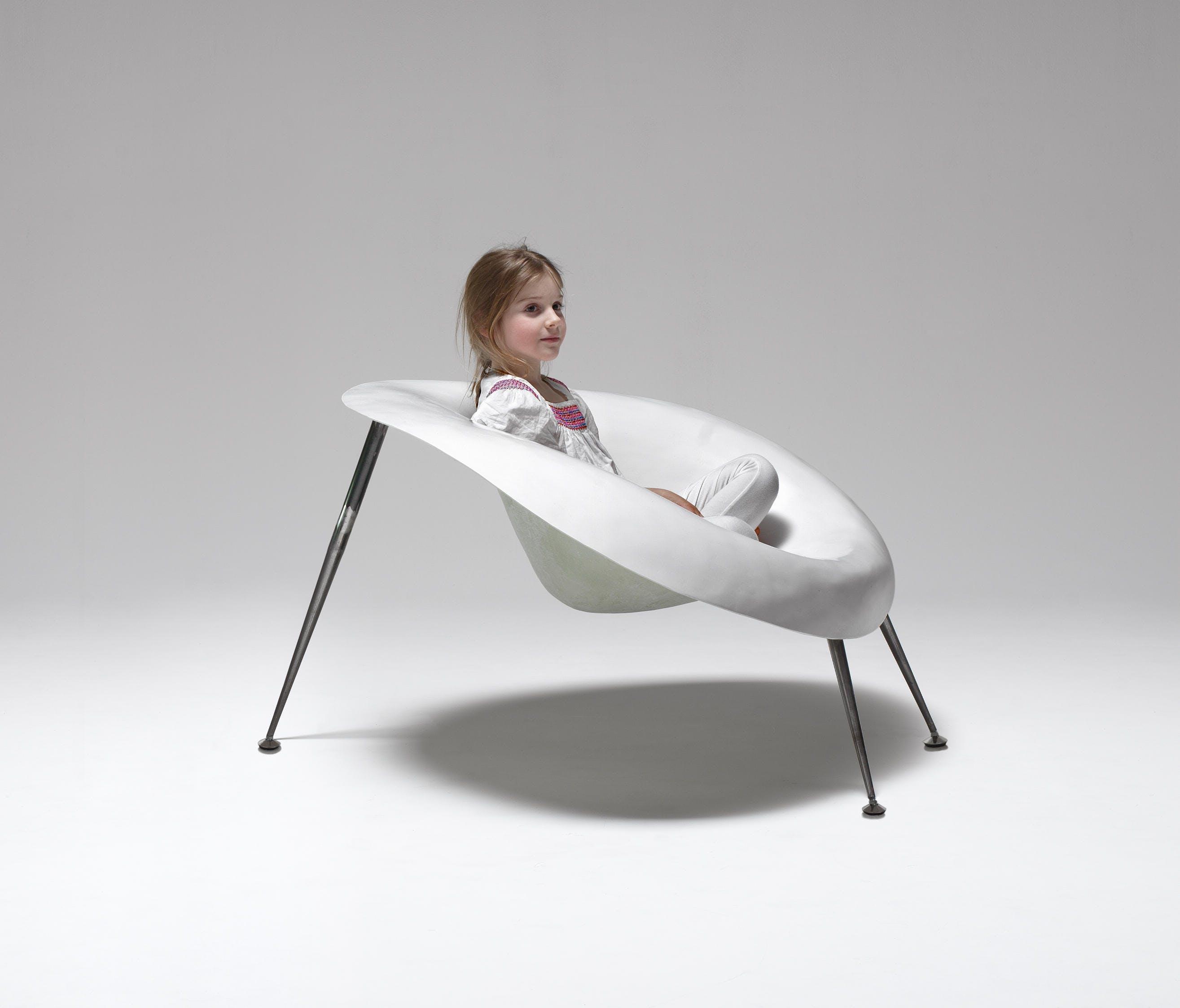 Imperfetto-lab-nido-chair-insitu-haute-living