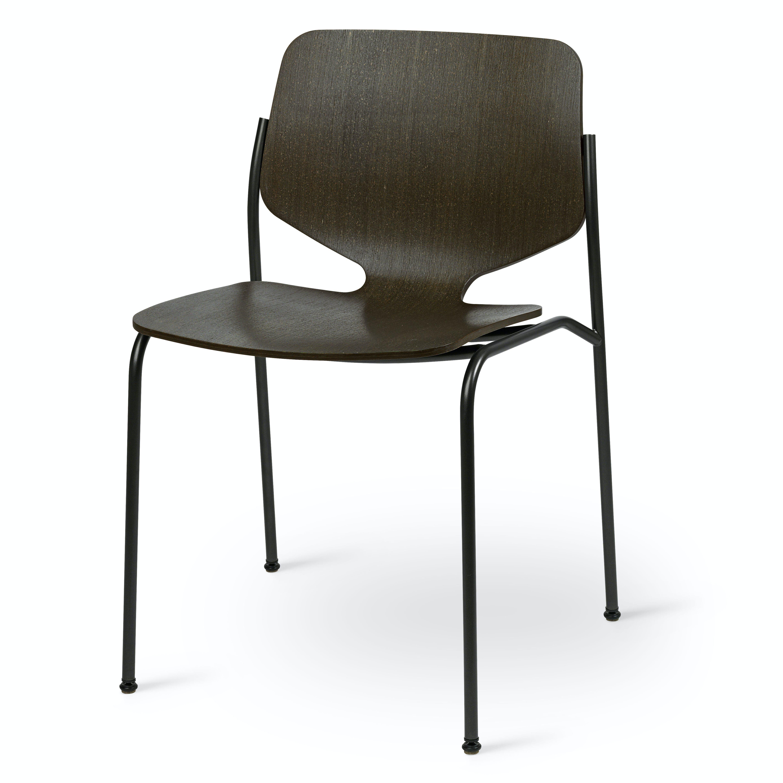 Mater design nova chair black angle haute living