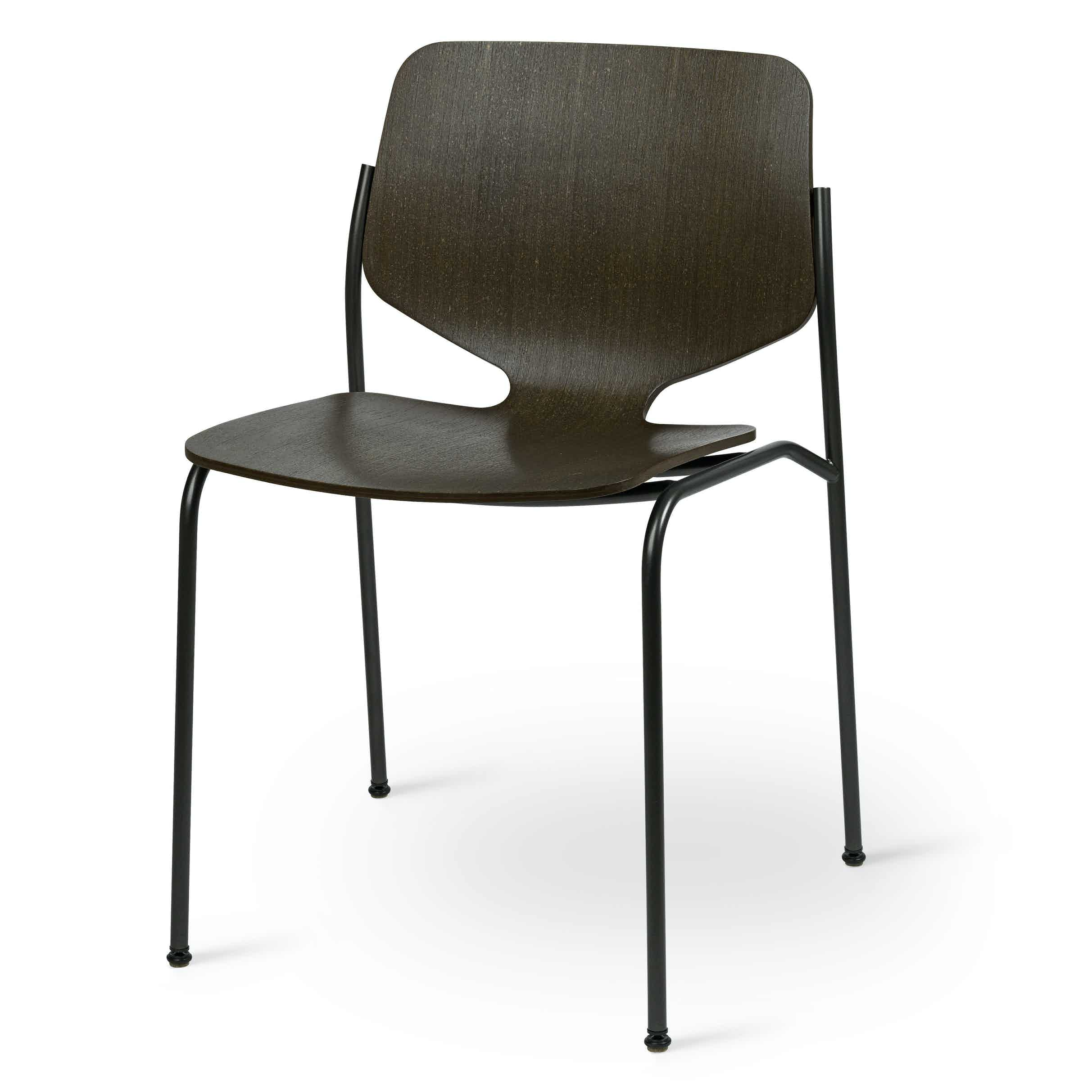 Mater design nova chair black angle haute living