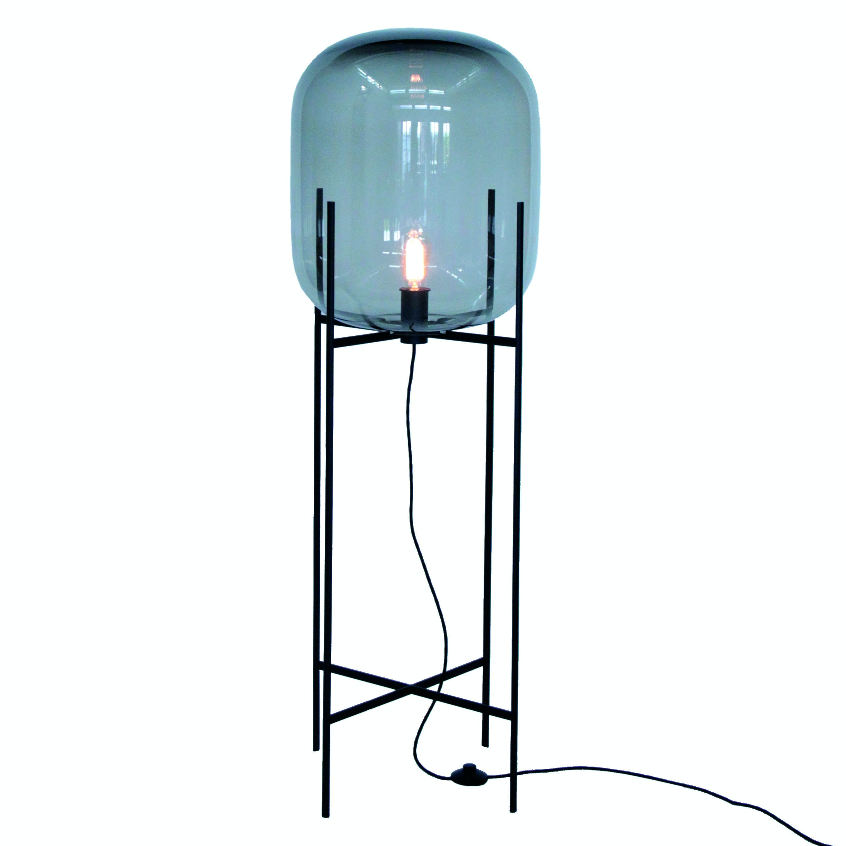 Pulpo-grey-black-oda-lamp-haute-living