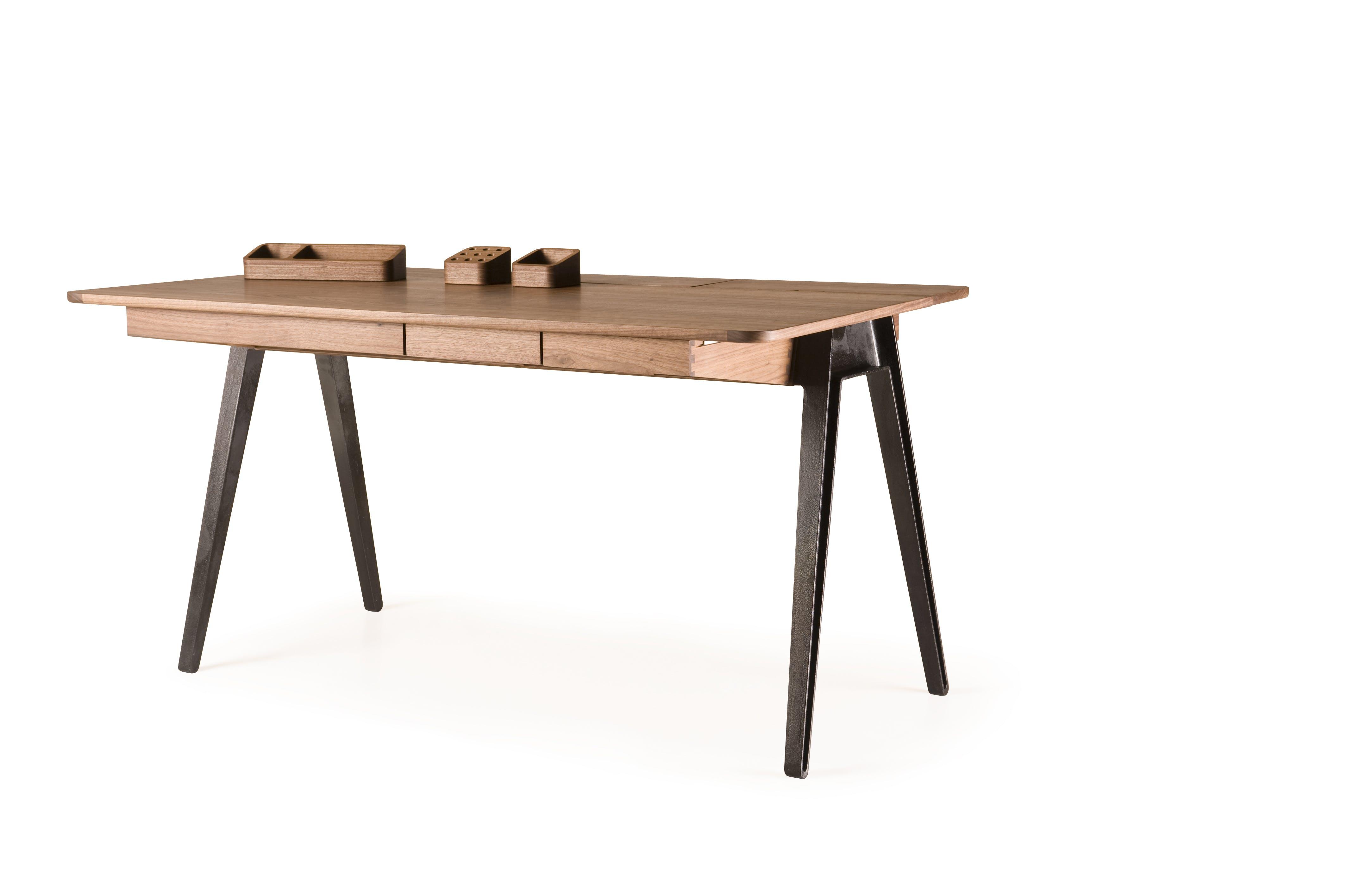 Orson Desk With Accessories