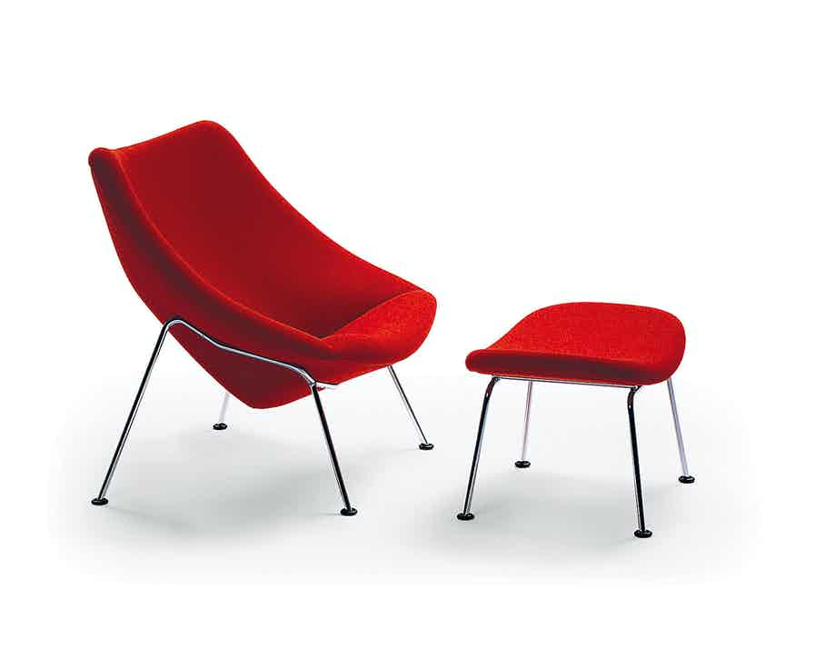 Artifort Red Oyster Chair With Ottoman