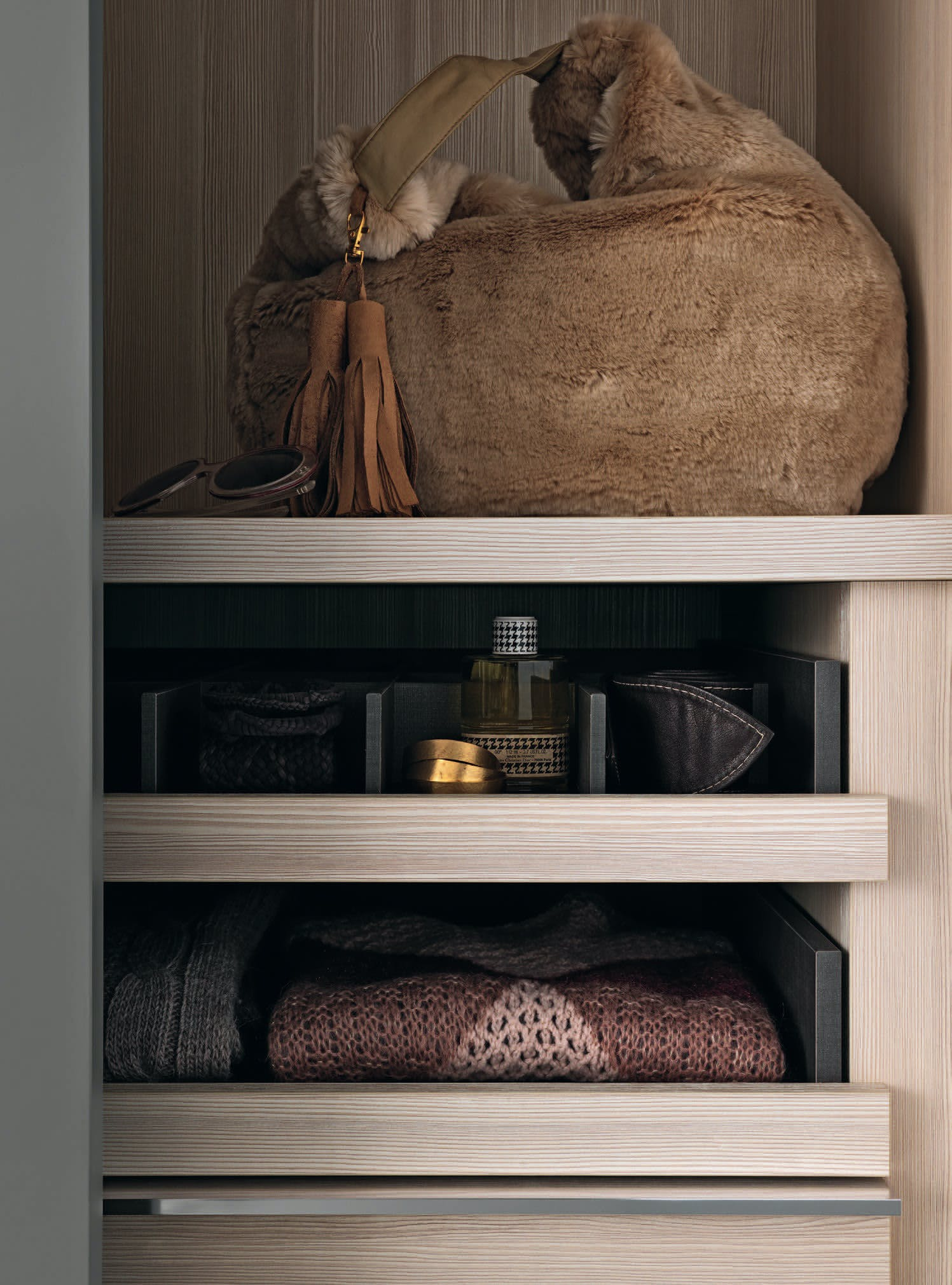 Giellesse Pacific System Shelf Detail Haute Living