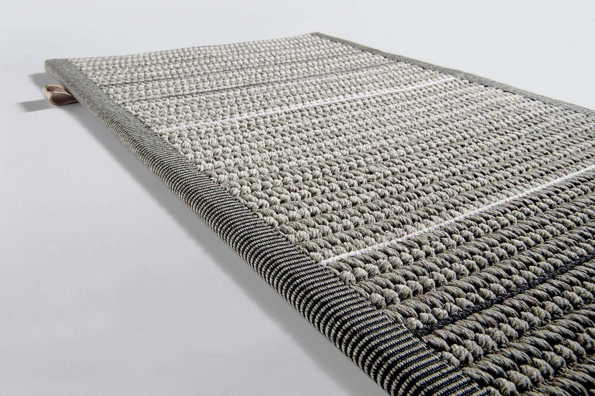 Patio Pt25322 Black White Limited Edition Rugs