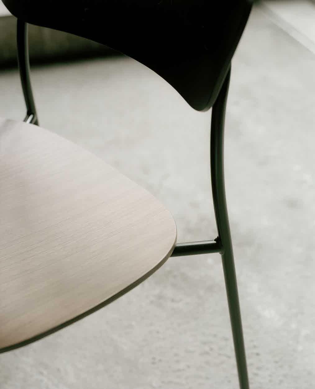 Tradition Pavilion Chair Insitu Detail Haute Living