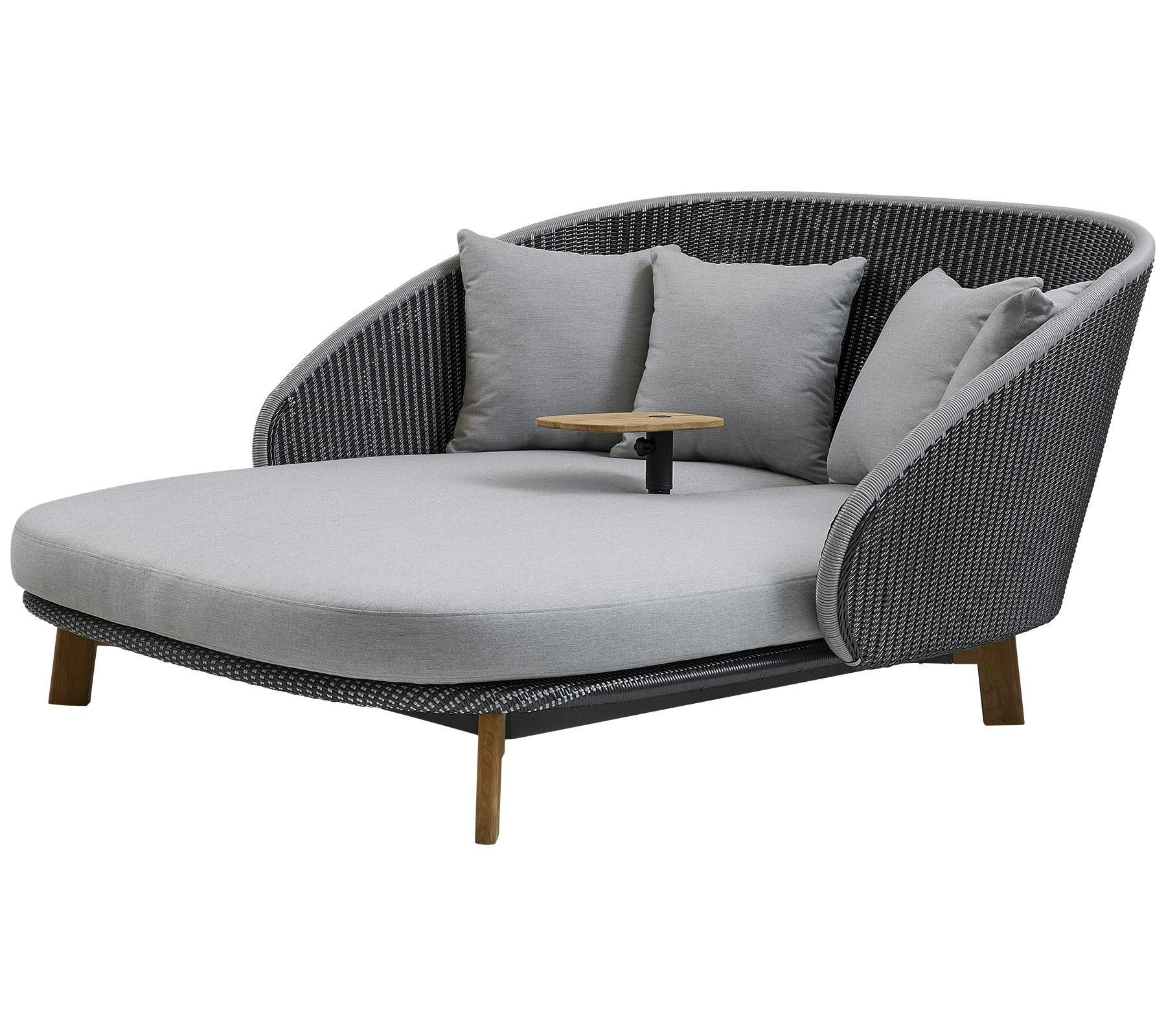 Cane Line Peacock Daybed With Table Haute Living