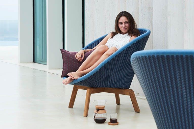 Peacock Lounge Chair 3