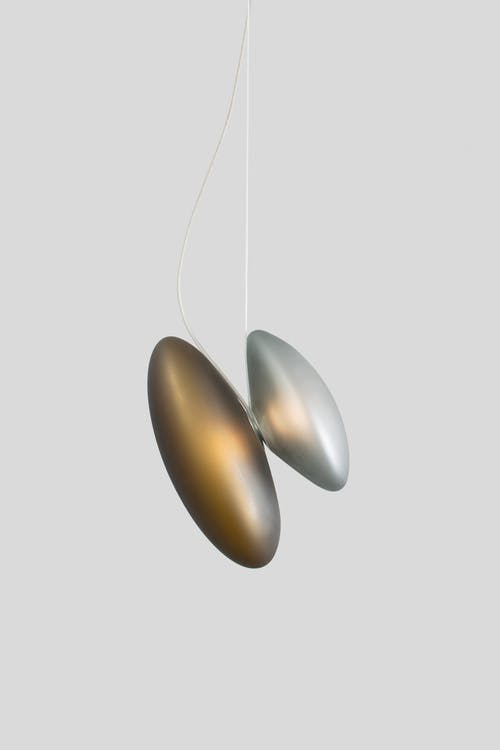 Andlight-pebble-pendant-side-haute-living