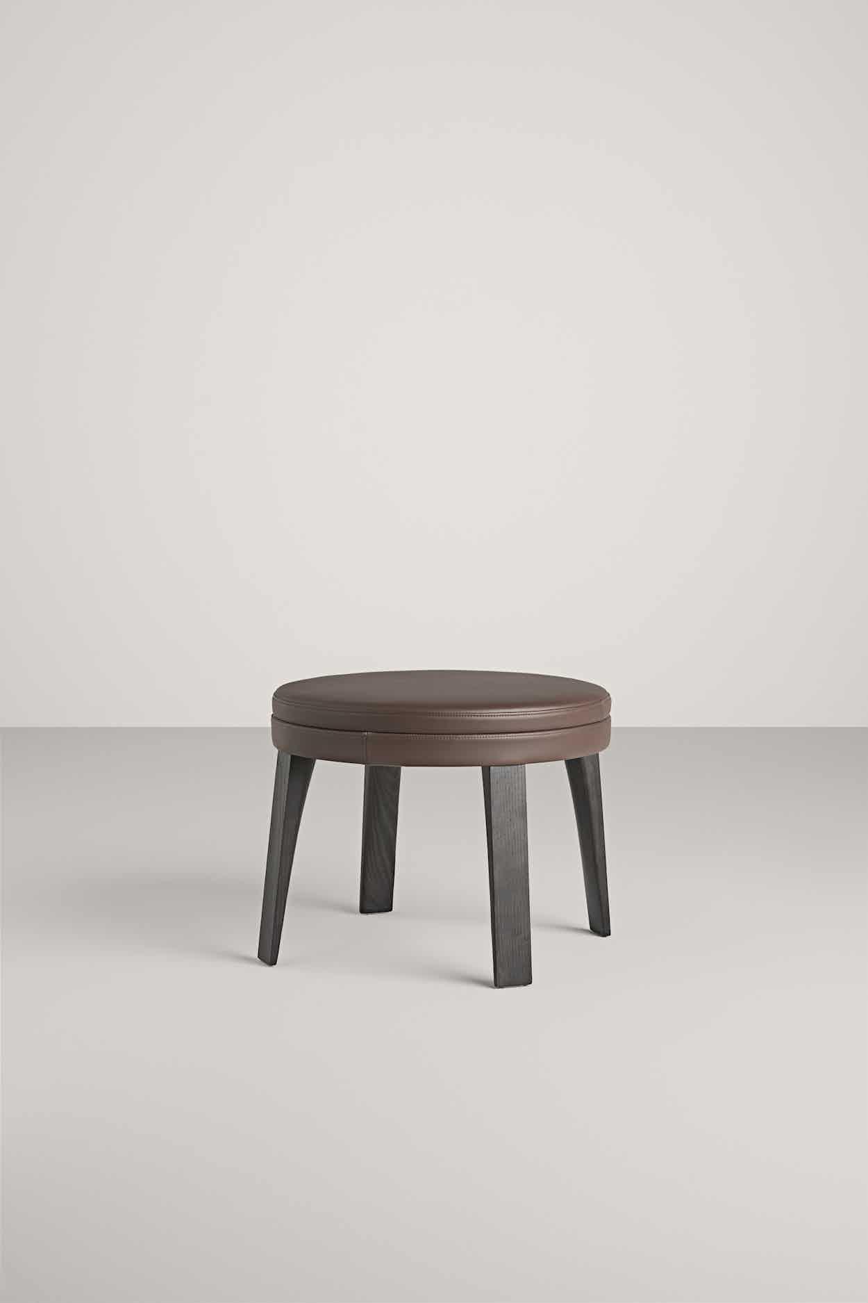 Frag-furniture-ponza-pouf-institu-haute-living