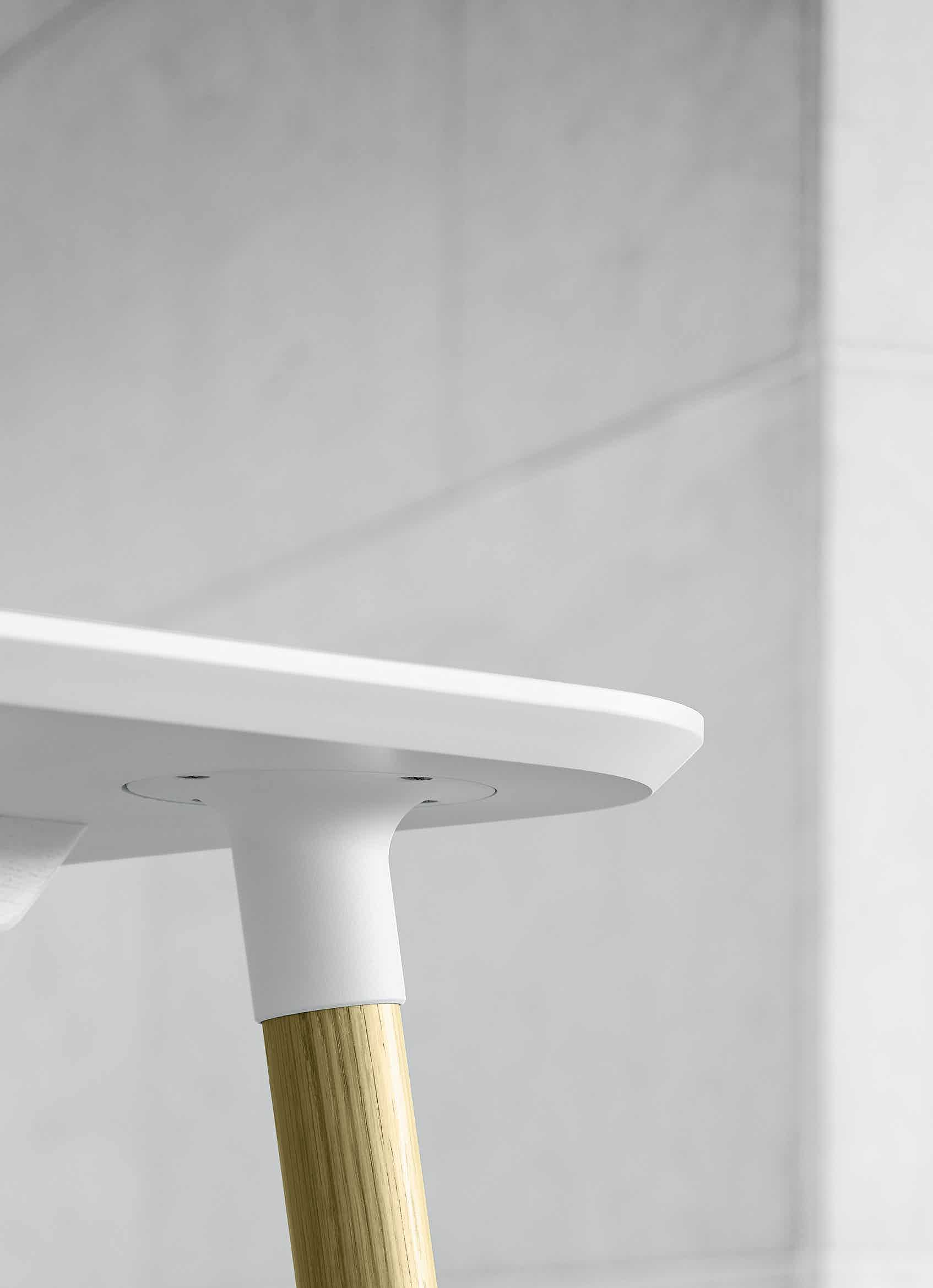Carl-hansen-son-white-detail-preludia-institu-haute-living