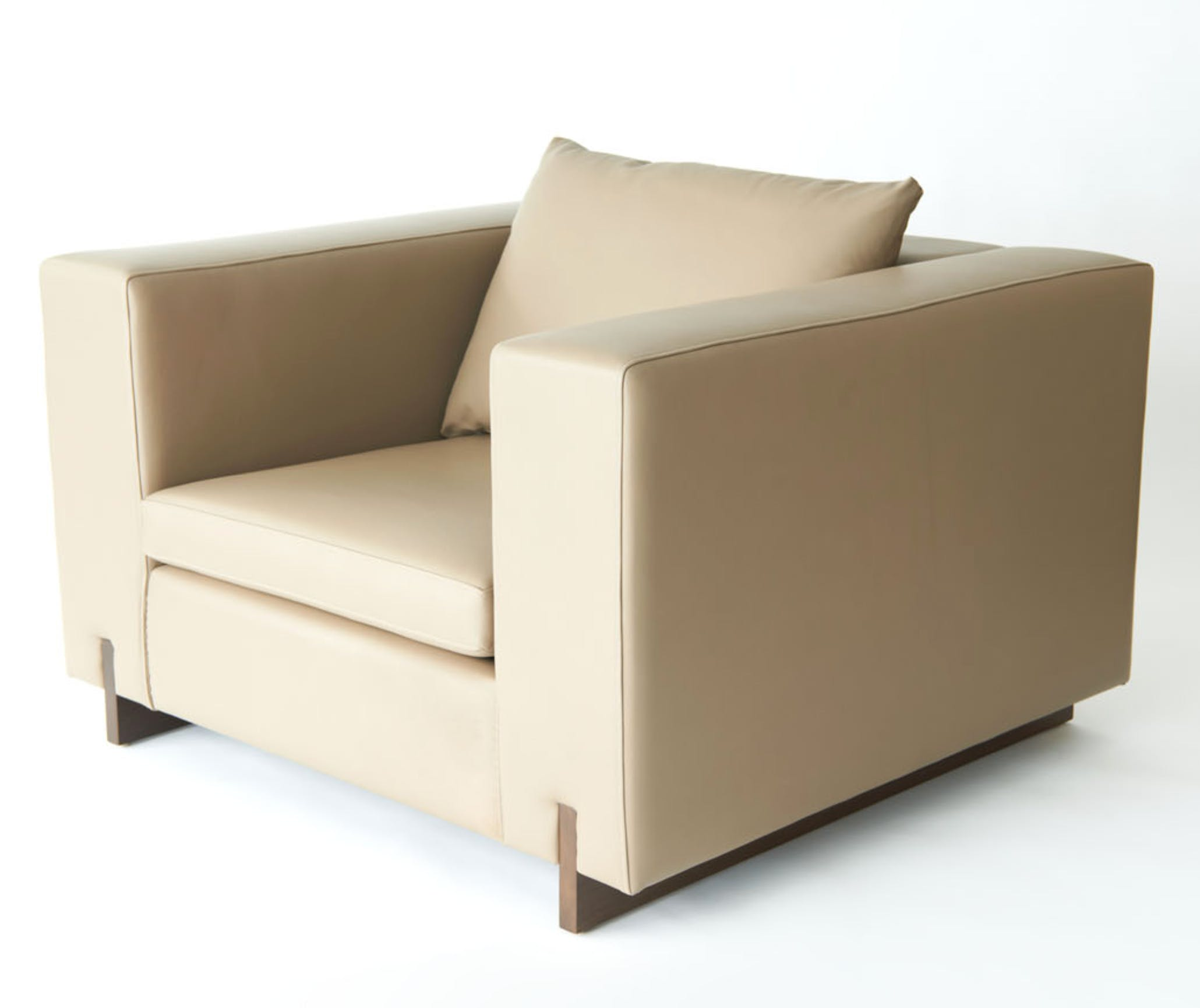 Phase Design Primetime Chair Angle Haute Living
