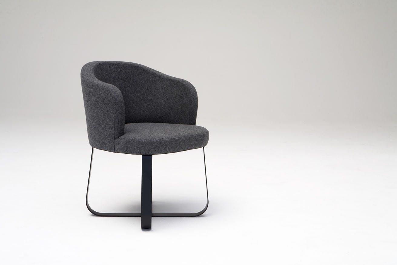 Phase Design Reza Feiz Primi Personal Chair 2