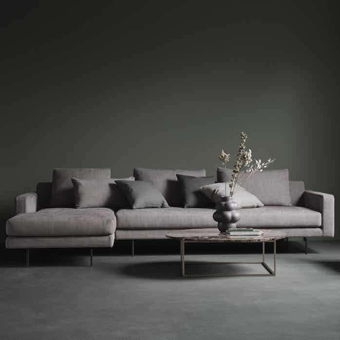 Wendelbo edge 2 sofa purple haute living