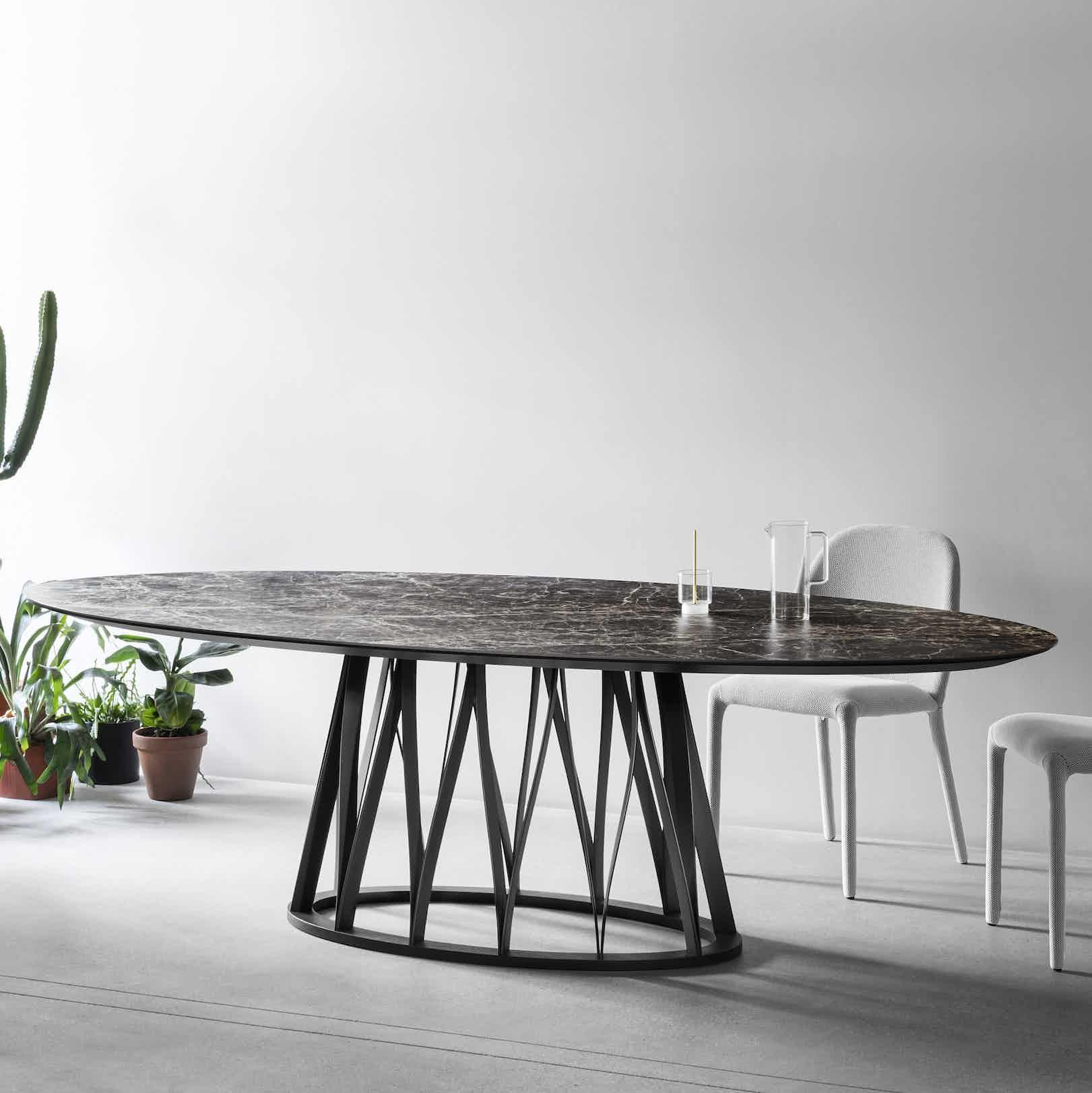 Miniforms acco table brown insitu haute living