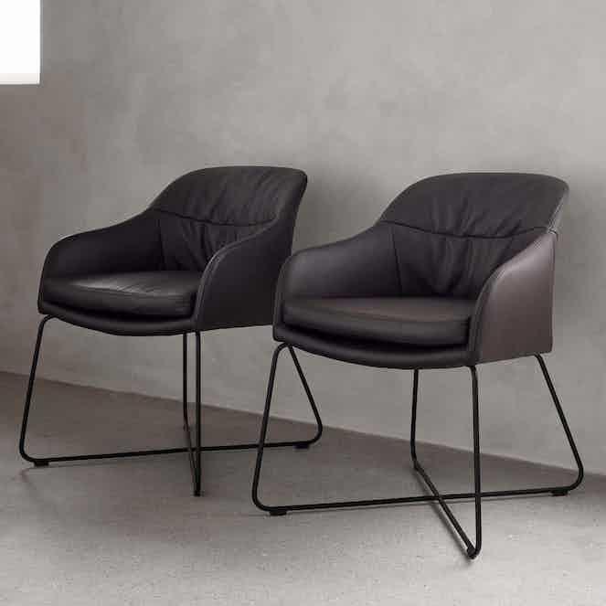 Wendelbo caspar chair haute living 200128 193925