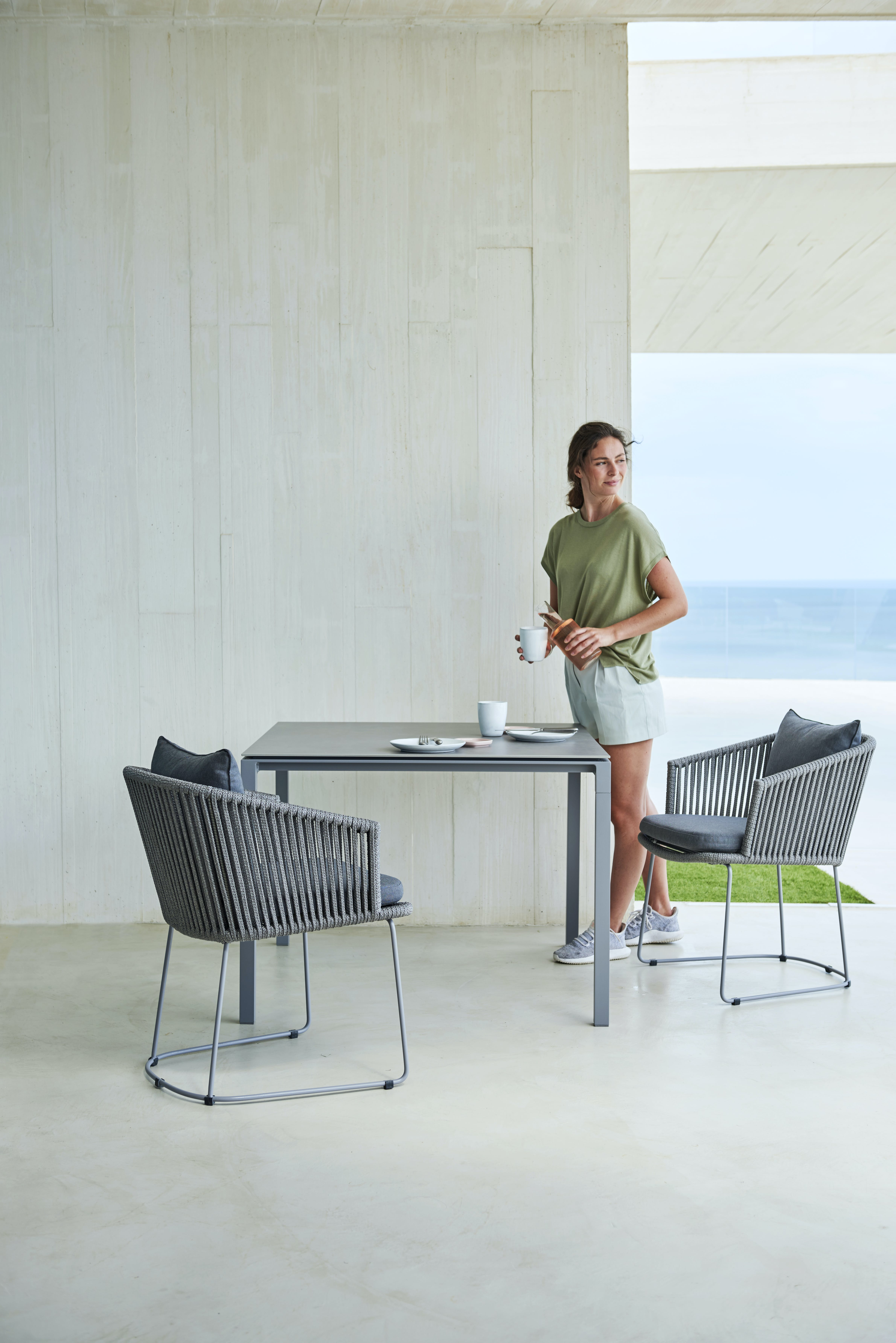 Moments Chair Pure Dining Table 4