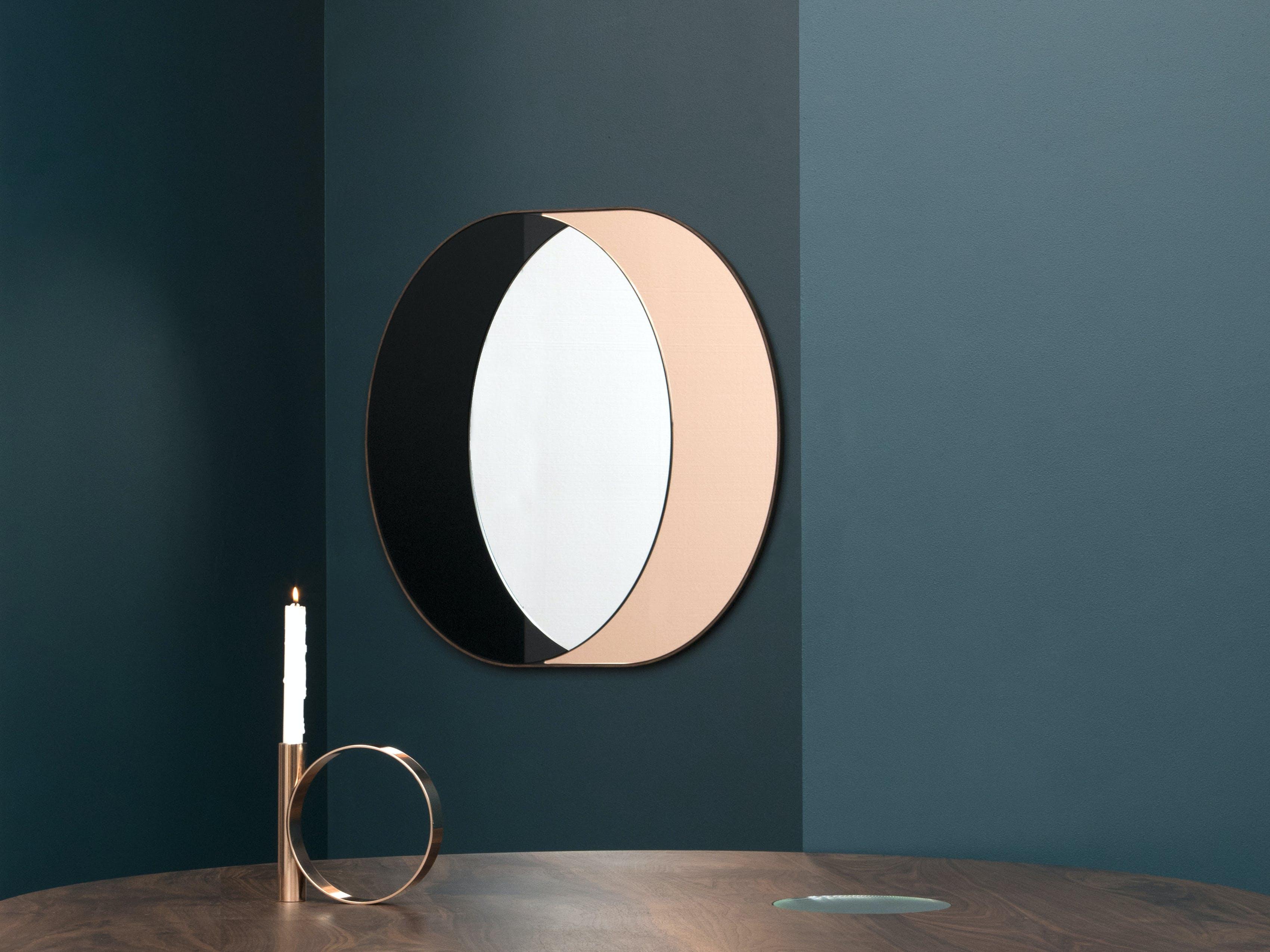 Ring Mirror Photo By Charlie Schuck 2