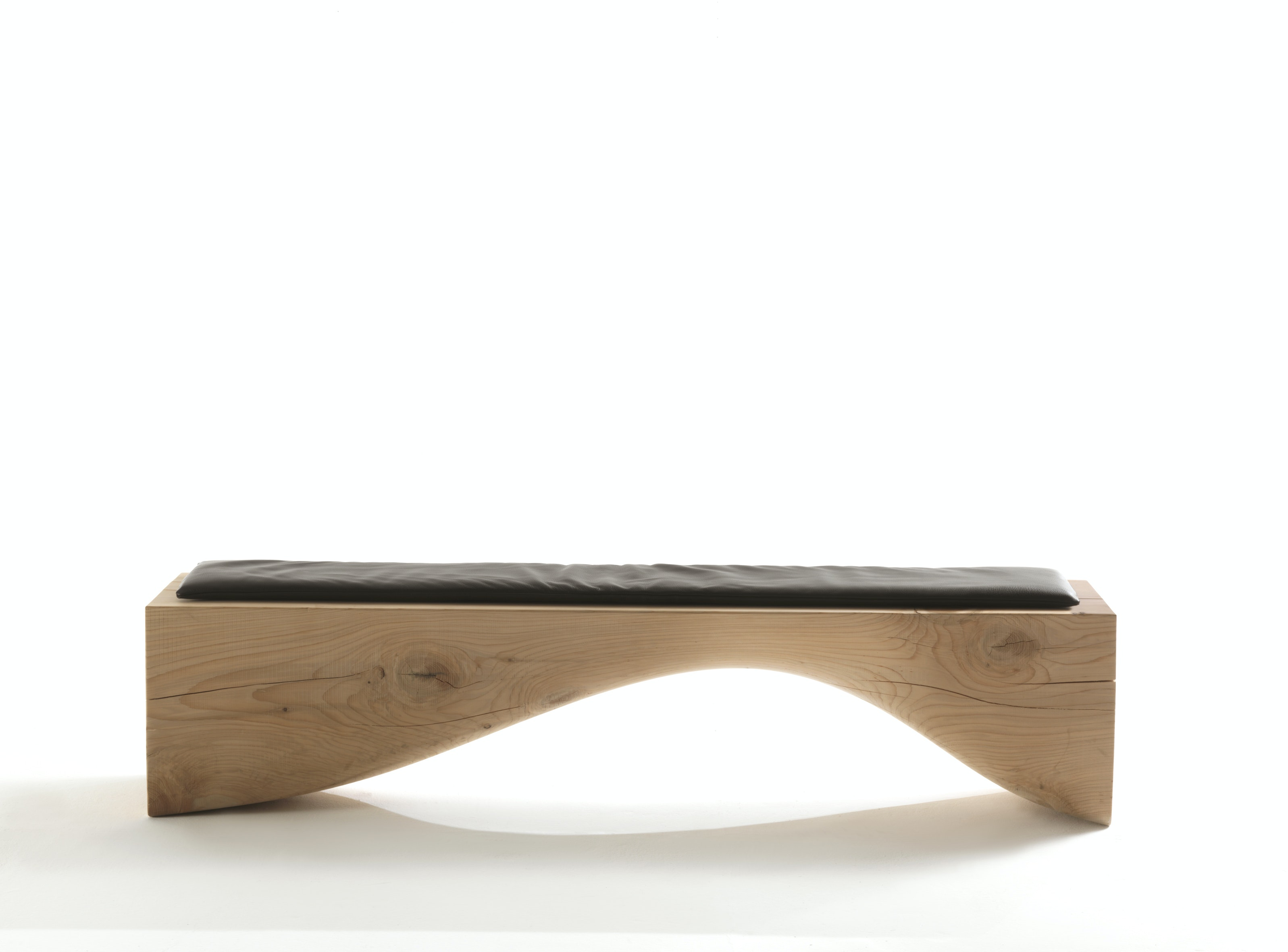 Curve Bench Neil Ced 01