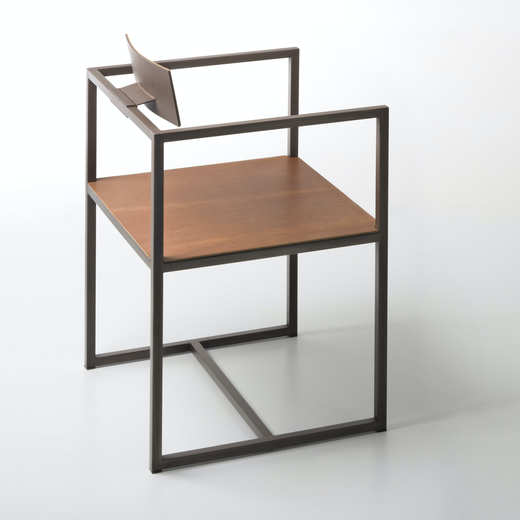 De Castelli Riveria Chair Side Angle Haute Living