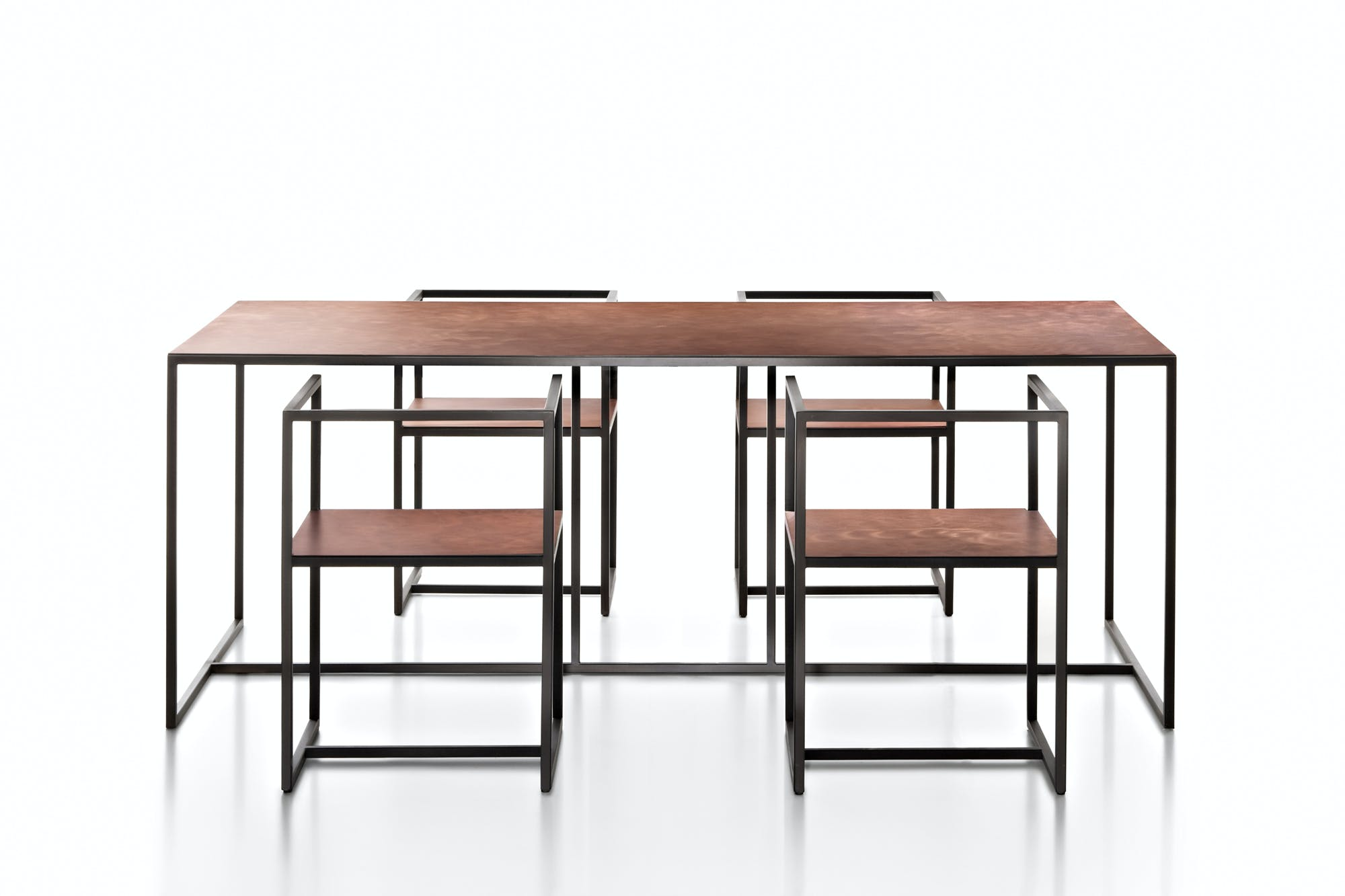 Riviera Table Chairs 06