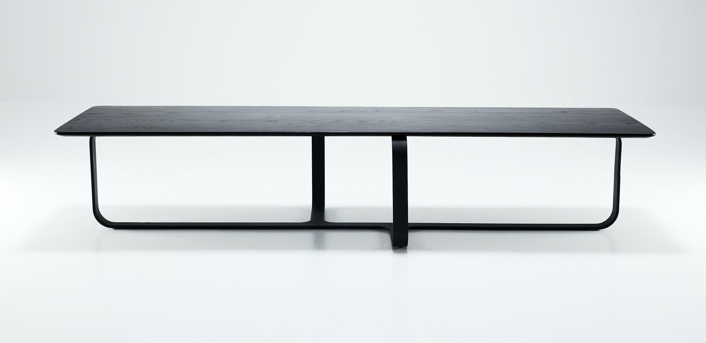 Wendelbo-long-side-root-table-haute-living