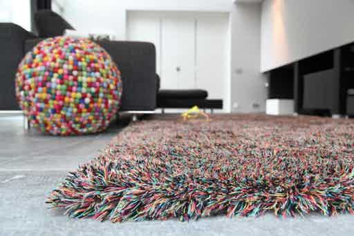 Carpet-sign-sauvage-60mm-colourbomb-insitu-haute-living