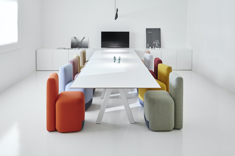 Viccarbe-office-season-chair-institu-haute-living