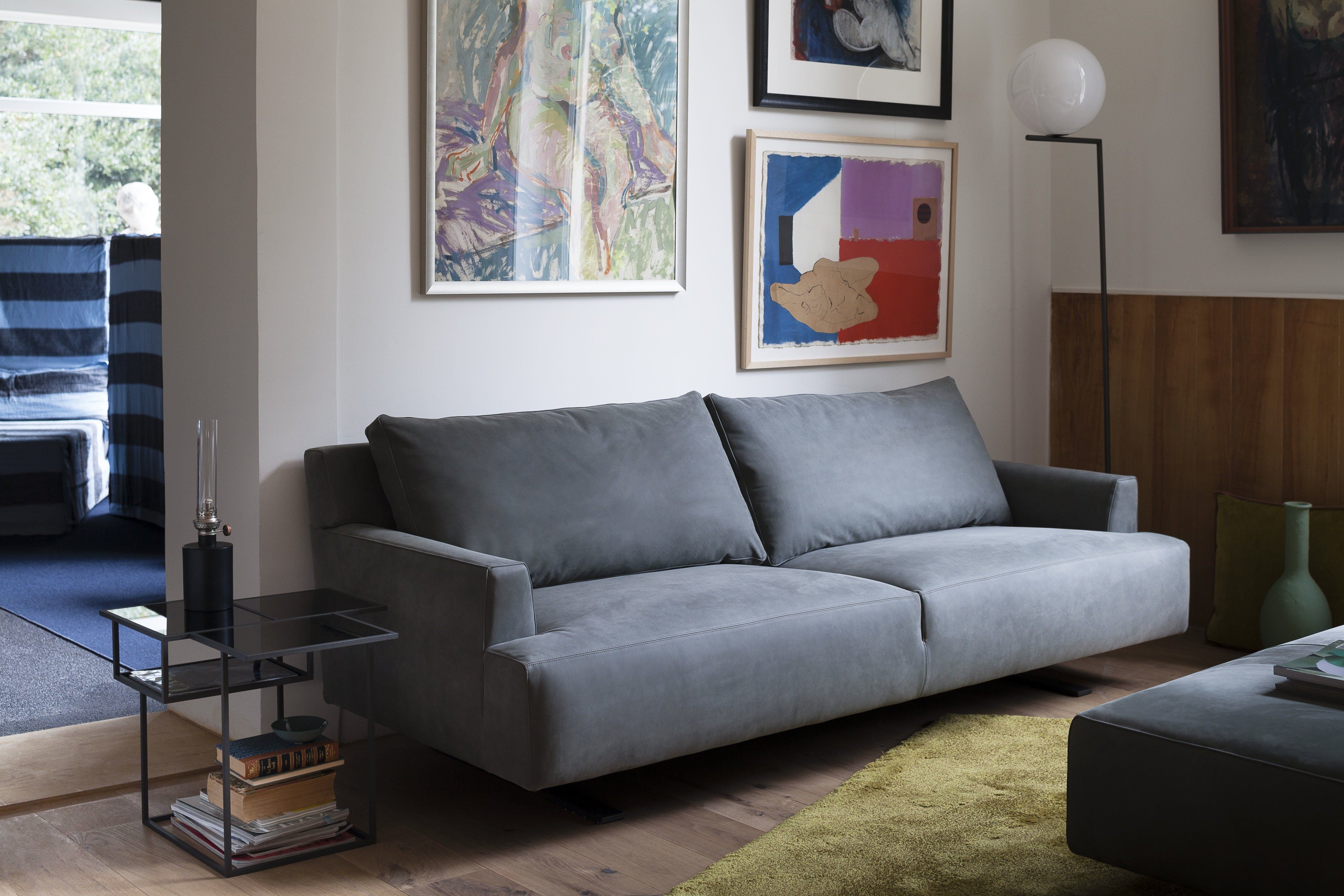 Settee Ambient 1
