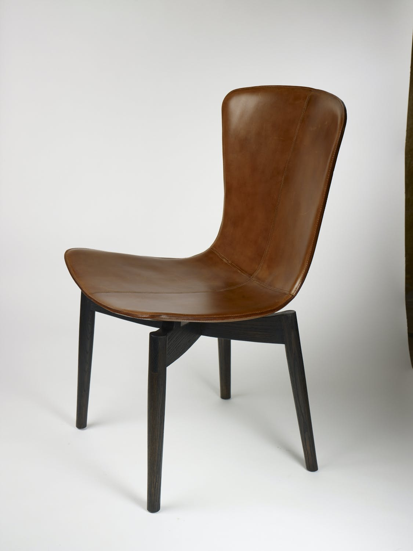 Chair V02