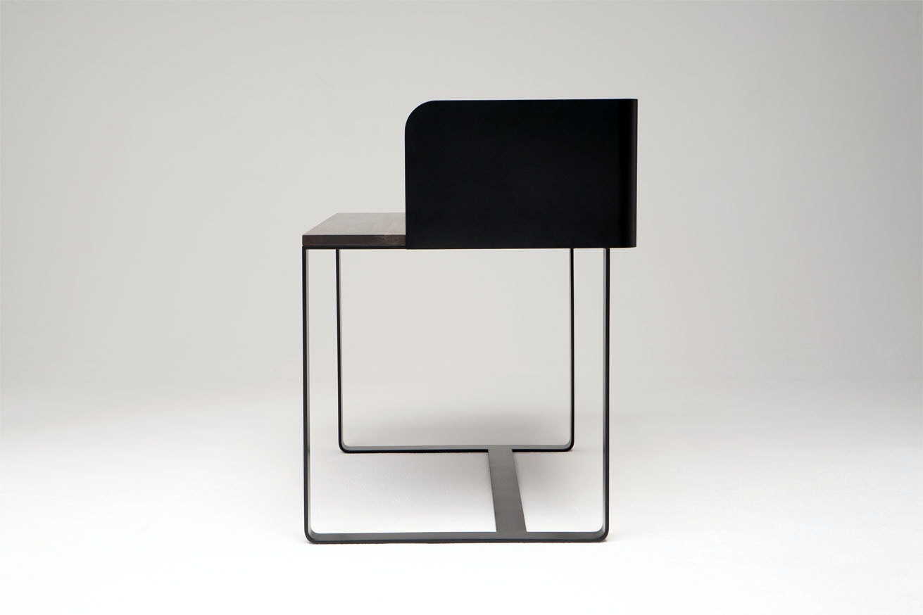 Phase Design Reza Feiz Shelter Desk 2