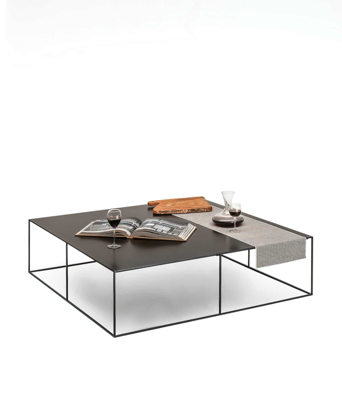 Slim Irony Low Table 124X124