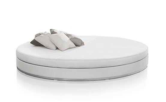 Slim Round Bed 2